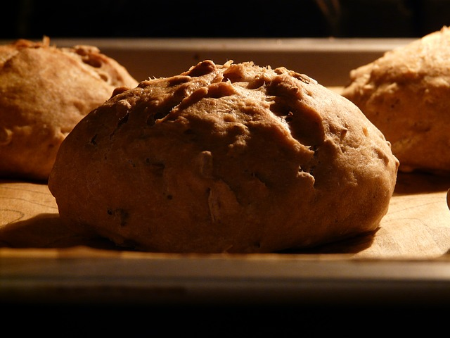 Bread making is not just good financial sense but saves dough.